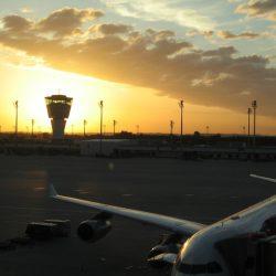 parcari private aeroport