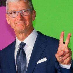 Tim Cook ar putea primi inca 1 milion de actiuni Apple